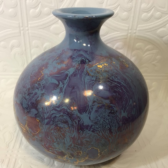 Stunning Vintage Vase w/ Purple and Gold Accents